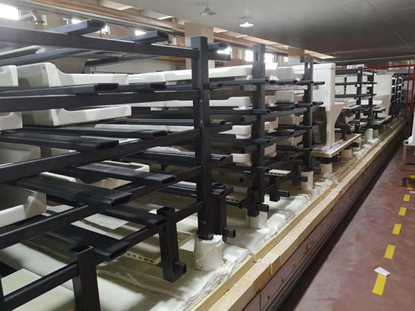 横梁和立柱在洁具行业行业的应用