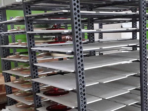 横梁和立柱在日用瓷行业的应用